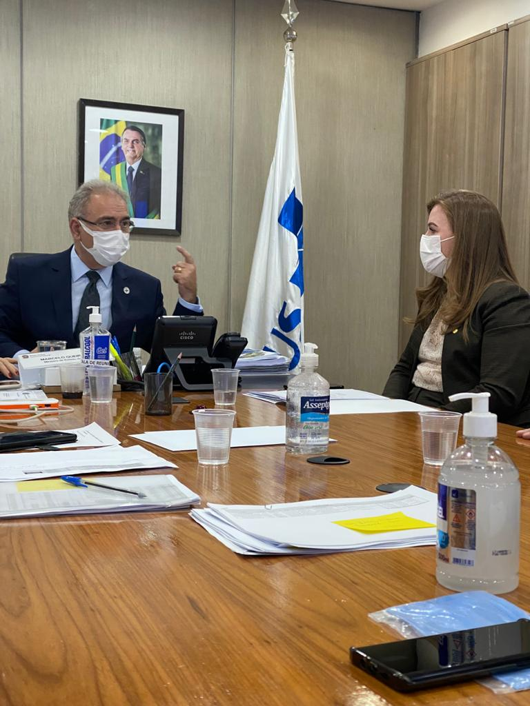 Com ministro da Saúde, Leandre debate mais recursos para SAMU, consórcios e Santas Casas