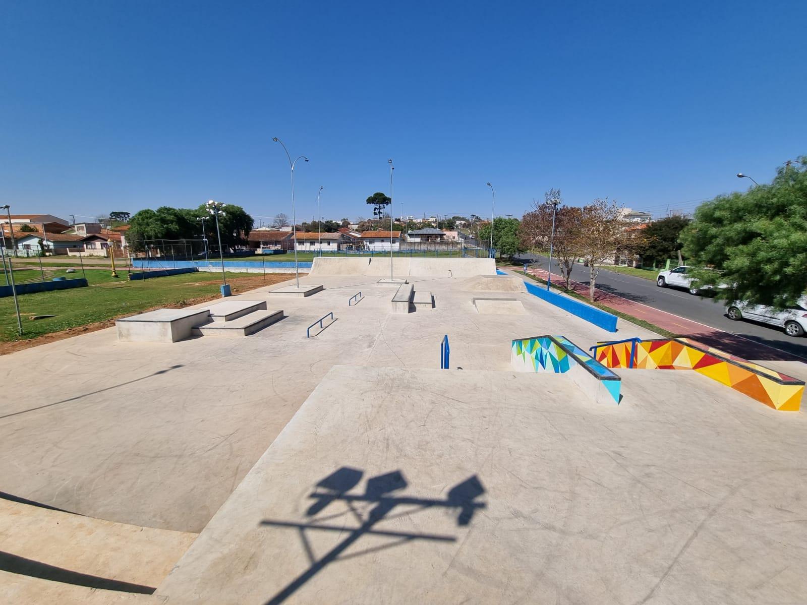 Com a presença da deputada Leandre, Irati inaugura pista de skate nesta sexta-feira